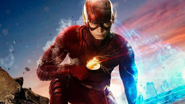 The Flash'ten Earth-2'nin Barry'sine İlk Bakış Geldi